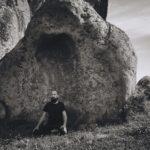 Meditazione all'Argimusco Sicilia